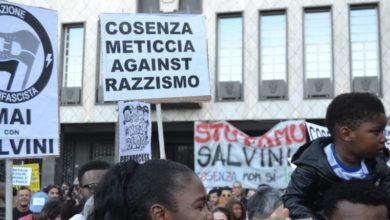 Photo of Corte pacifico anti-Salvini, Cosenza città solidale e matura