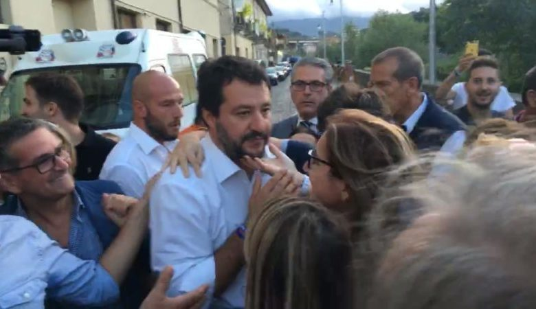 Photo of Matteo Salvini a Cosenza, c'è chi dice no: la manifestazione in città