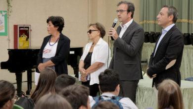 Photo of Primo giorno di scuola a Cosenza: la visita dell'amministrazione comunale