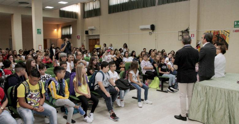 Primo giorno scuola Cosenza visita amministrazione comunale