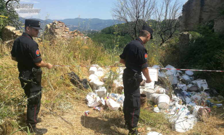 Abbandono di rifiuti speciali a Cosenza, individuati e denunciati i responsabili