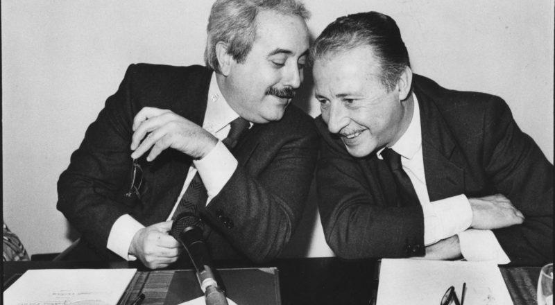 Giovanni Falcone e Paolo Borsellino sono stati uccisi da Cosa Nostra e furono i primi a parlare di ergastolo ostativo per i boss mafiosi