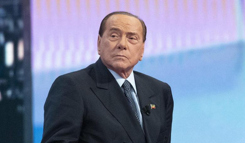 Coronavirus, Silvio Berlusconi dimesso dall'ospedale San Raffaele