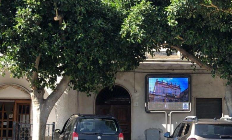 """Villapiana diventa una """"smart city"""": installato un tabellone elettronico"""