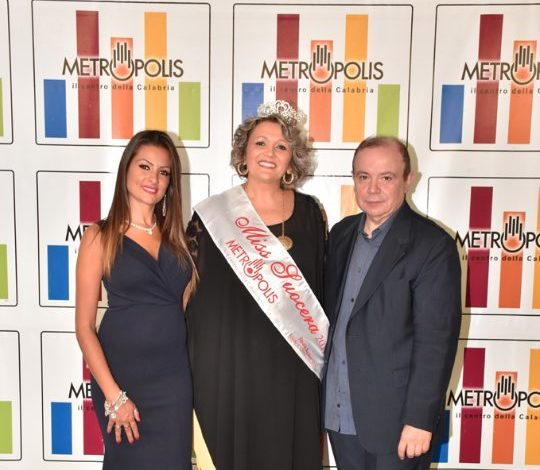 Eletta Miss Suocera 2019: è una imprenditrice di Rende