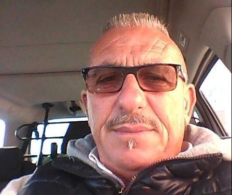 Un uomo originario di San Marco Argentano ha perso la vita oggi a Grisolia dopo essersi schiantato contro una rotatoria.