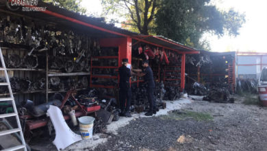 Photo of Montalto Uffugo, carabinieri forestale sequestrano carrozzeria abusiva