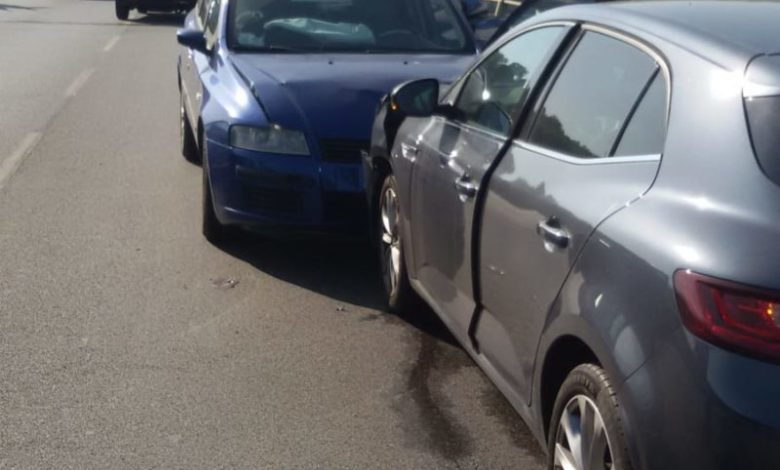 """Scontro tra due auto nel punto in cui è avvenuta la """"strage di Rende"""""""