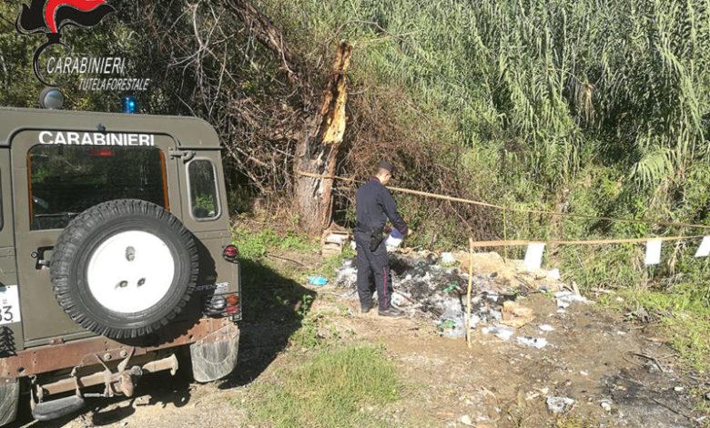 Cosenza, combustione illecita di rifiuti: deferito amministratore impresa edile e dipendente