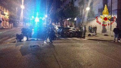 Photo of Cosenza, incidente in viale Trieste intorno a mezzanotte: ci sono feriti