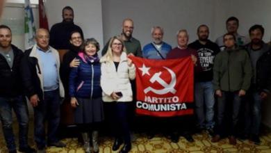 Photo of Il Partito Comunista organizza un sit-in di fronte al Consiglio Regionale