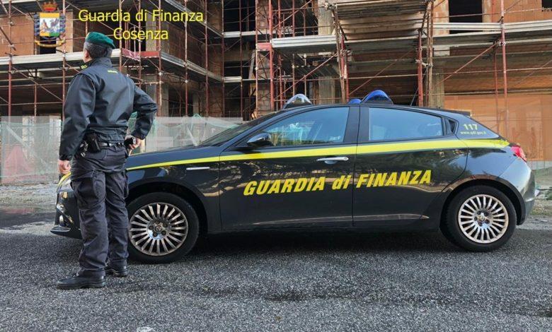 Photo of Cosenza, percepivano il reddito di cittadinanza ma lavoravano in nero