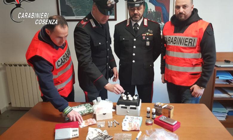Eroina in casa, carabinieri arrestano incensurato di Diamante
