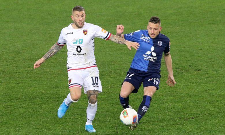 Photo of Chievo-Cosenza 2-0. Il calcio in Italia si ferma dopo la sconfitta dei Lupi
