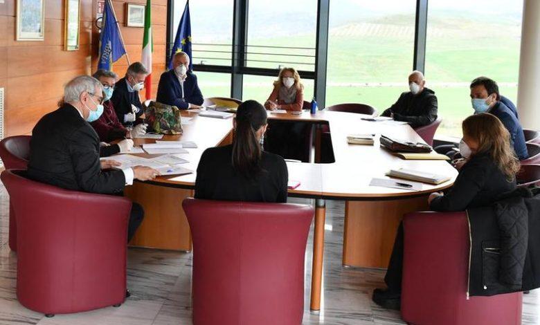 La seduta di Giunta che ha portato all'approvazione del nuovo bilancio di previsione della Regione