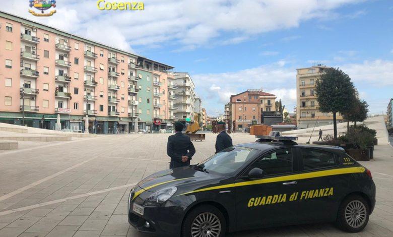 L'intercettazione: «Pressioni da Mario Occhiuto per aprire piazza Bilotti»