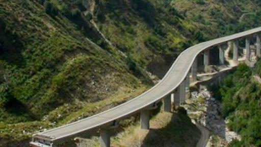 Il tratto di strada Mirto-Longobucco mai completato