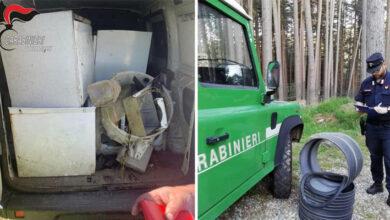 Photo of Rifiuti ingombranti a bordo di un furgone, Carabinieri denunciano un uomo