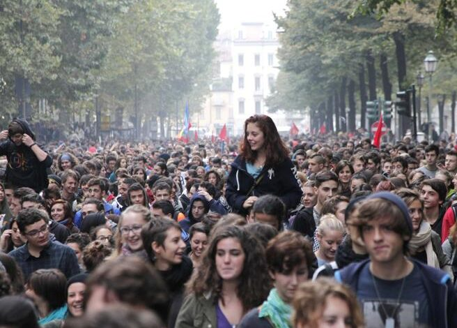 Photo of Il mondo dello spettacolo calabrese scende in piazza