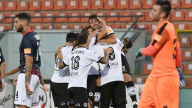 Photo of Spezia-Cosenza 5-1: disfatta dei rossoblù. Gara indecorosa, tifosi infuriati