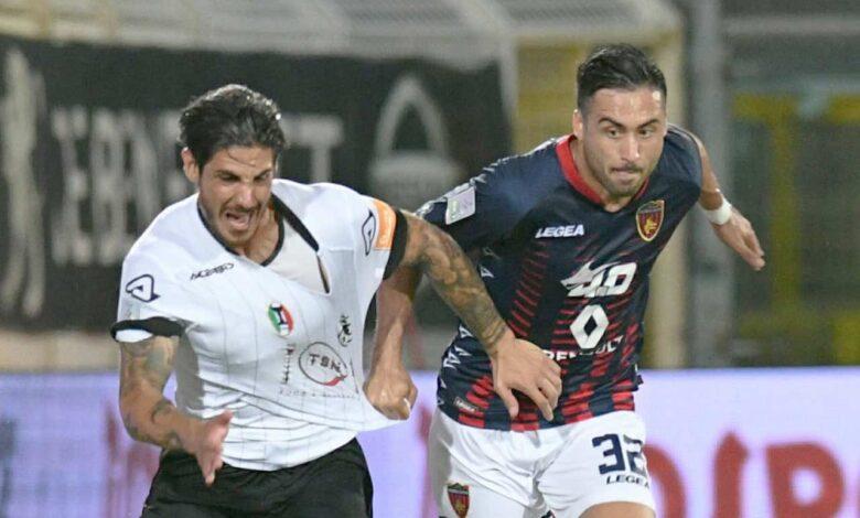 Mastinu e Baez in Spezia-Cosenza (foto Andreani/acspezia.com)