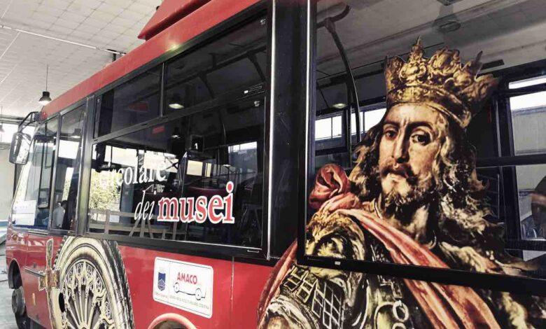 Un bus dell'Amaco per la circolare dei Musei