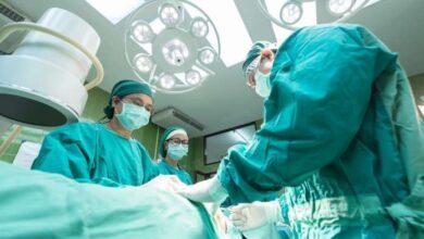 Photo of Cosenza, la operano mentre partorisce. Mamma e figlio fuori pericolo