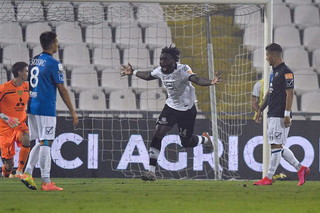 Photo of Spezia in finale playoff, clamorosa rimonta sul Chievo