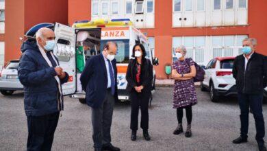Photo of L'Asp di Cosenza consegna una nuova ambulanza all'Università della Calabria (oltre alla postazione USCA)