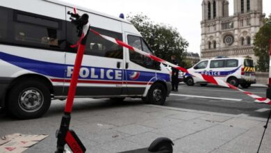 Photo of Attacco terroristico a Nizza, 3 morti: decapitata anche una donna