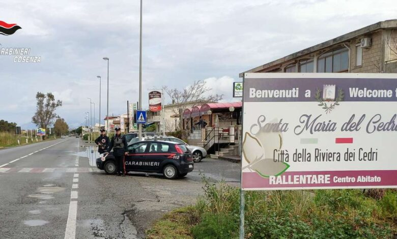 Armi e droga nascosti in un casolare: arrestato dai carabinieri