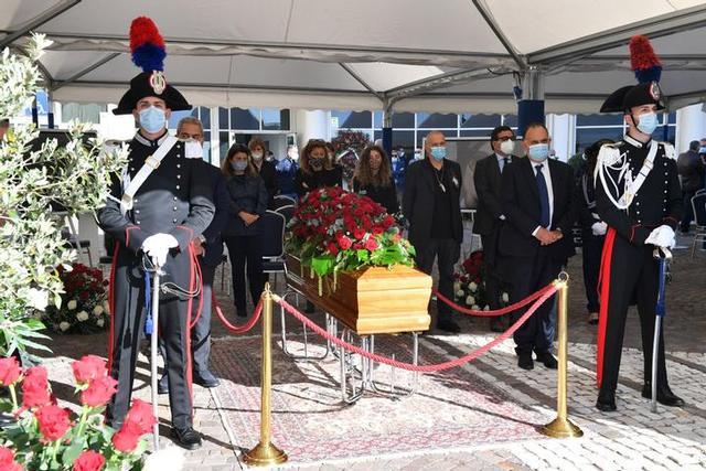 Addio a Jole Santelli   Il presidente riposerà nel cimitero di Malito