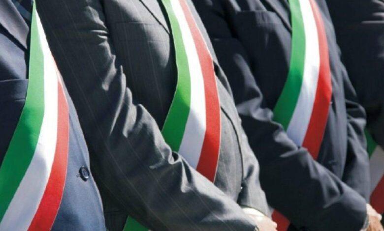I sindaci cosentini: «No a strumentalizzazione politiche». Domani a Roma per chiedere lo stop del commissariamento della sanità calabrese
