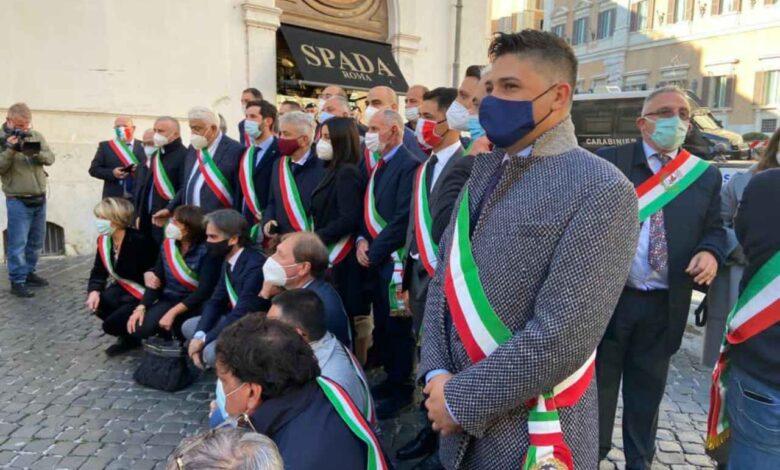 Sindaci a Roma chiedono stop al commissariamento della sanità calabrese