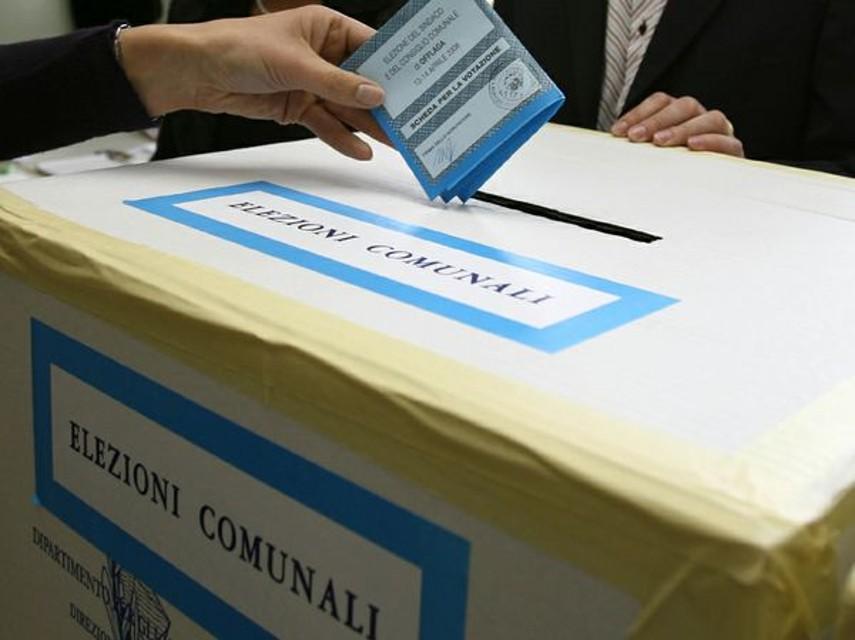 Elezioni Comunali Cosenza 2021, l'affluenza alle urne (ore 12)